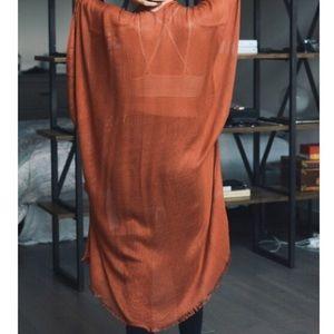 Open grid frayed kimono/cardigan 🥂host pick