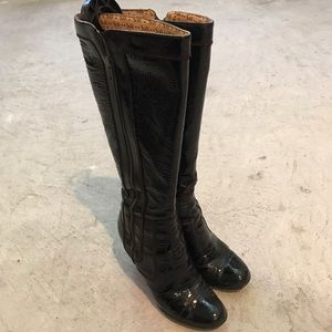 Sofft patent leather boots