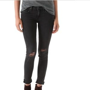 Siwy Denim - SIWY Hannah distressed skinny. Black. Size 26