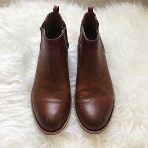 KORK-EASE Shoes - KORK-EASE Booties Size 8.5