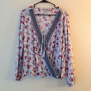 Almost Famous Tops - NWT Almost Famous Sz Med Floral Draped Blouse