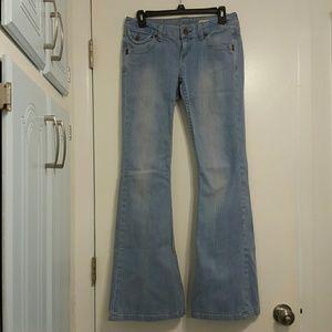 Chip & Pepper Vintage Sunnybrook Ultra Flare Jeans