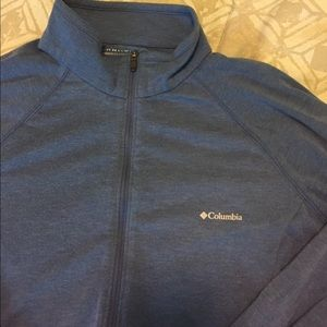 Columbia Half Zip Long Sleeve Shirt - Medium