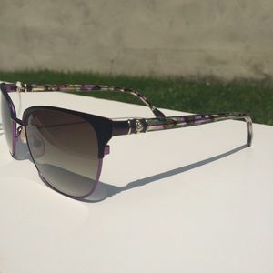 9a05b91742f Lilly Pulitzer Accessories - Lilly Pulitzer Kirby Sunglasses 😎