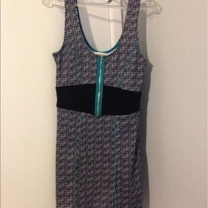 Dresses & Skirts - Houndstooth bodycon dress