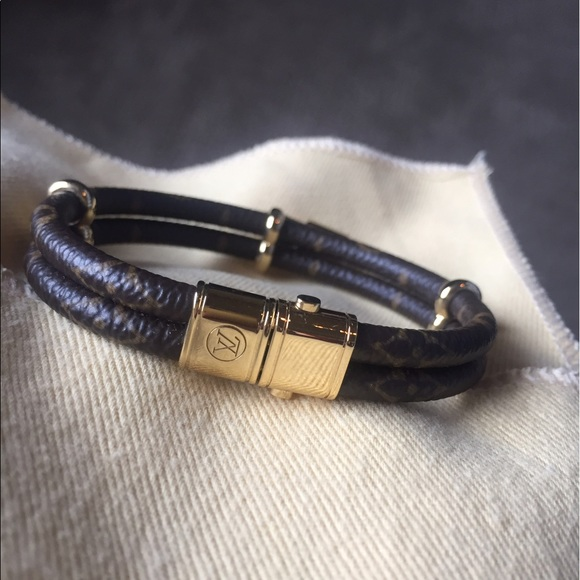 14 Off Louis Vuitton Jewelry Louis Vuitton Quot Keep It
