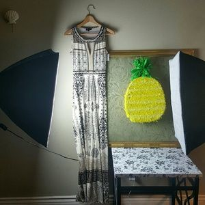 Hale Bob Dresses & Skirts - Grad Ready Gorgeous Hale Bob Long Maxi Dress