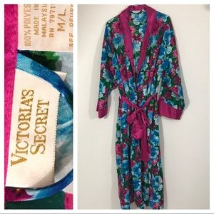 Victoria's Secret Other - Victoria's Secret silky robe Floral flowers long