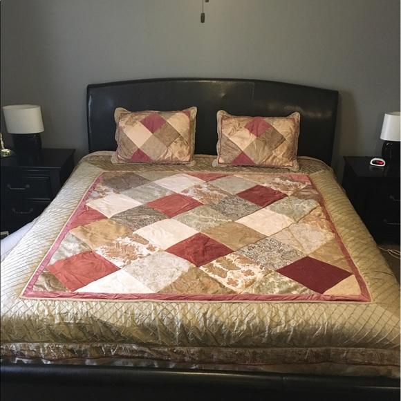 Chris Madden Savoy Queen comforter set
