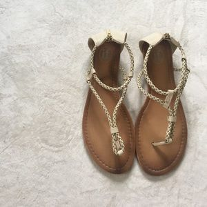 Shoes - 🎀 Creme Woven Rope Sandals