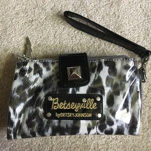 Betsey Johnson Handbags - Betsey Johnson hand clutch!