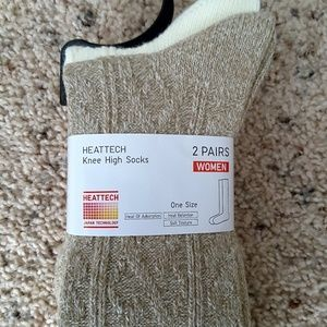 0dd6d18b72f Uniqlo Accessories - HEATTECH Knee High Socks