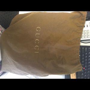 Gucci Bags - Gucci bucket bag