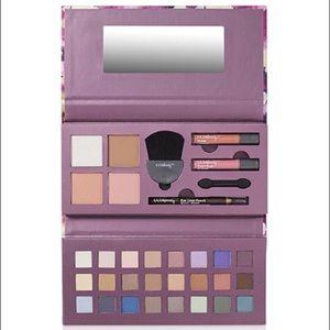 Ulta Beauty Deluxe Palette
