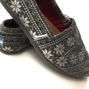 TOMS Shoes - TOMS Classic Gray Snowflake Shoes Size 7