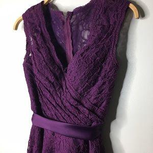 Mori Lee Dresses & Skirts - Mori Lee Plum V-Neck Lace Button Back Dress