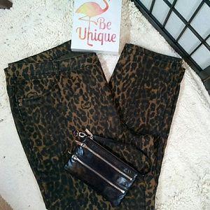 Denim - Animal print plus jeans
