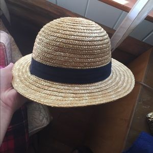Cooperative Accessories - Straw hat with navy blue ribbon