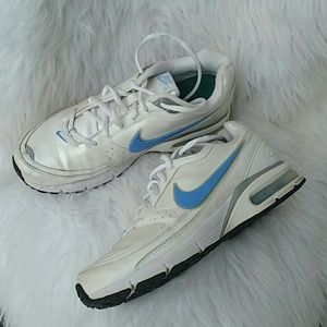 Nike Shoes - NIKE AIR MAX- dunk type pearl white