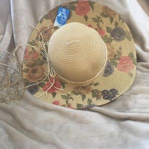 NEW Big Beautiful Brimmed Floral Sun Hat