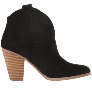 Report Shoes - Report Doman Ankle Bootie