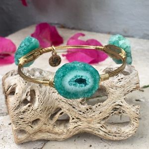 Bourbon and Bowties Jewelry - BOURBON AND BOWETIES Turquoise Agate Bangle