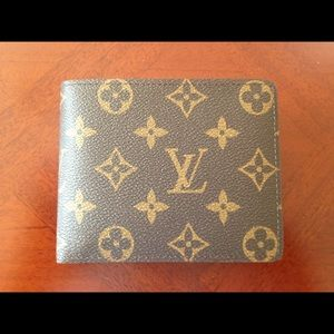 Louis Vuitton multiple wallet men's