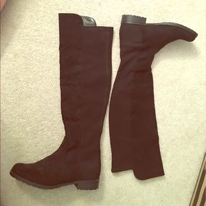 Unisa Shoes - Knee high black suede boots