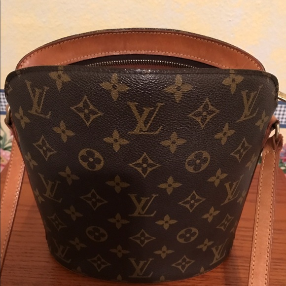 e464e6a2e648 Louis Vuitton Handbags - Louis Vuitton Drouot Monogram Bag