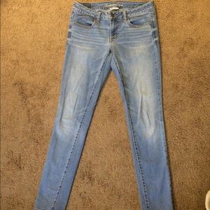 American Eagle Outfitters Denim - American Eagle faded skinny super stretch jeans