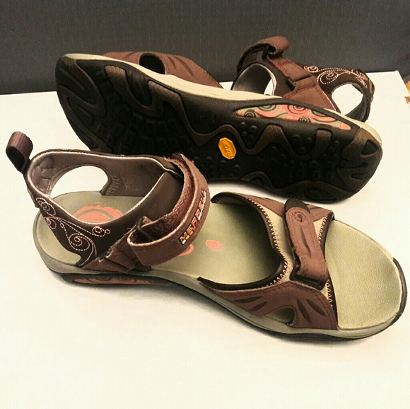 44 Off Merrell Shoes Merrell Walking Hiking Sandals