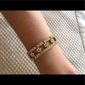 Cookie Lee Jewelry - Cookie Lee gold bracelet