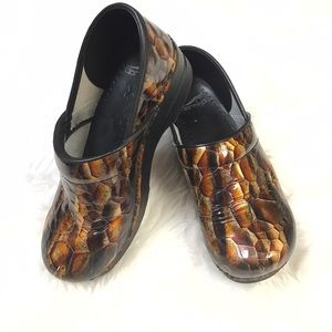 Dansko Shoes - Dansko Mule Clogs EU 40 US 9.5 10 Brown Gold Blk