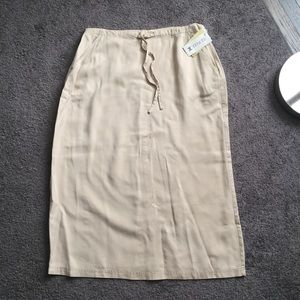 Linden Dresses & Skirts - 🆕 Linden Hill Tan Full Skirt NWT Tencel XL ☀️