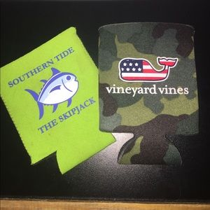 Vineyard Vines Other - Koozie pack