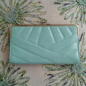 Lulu Handbags - Lulu Quilted Clutch Wallet