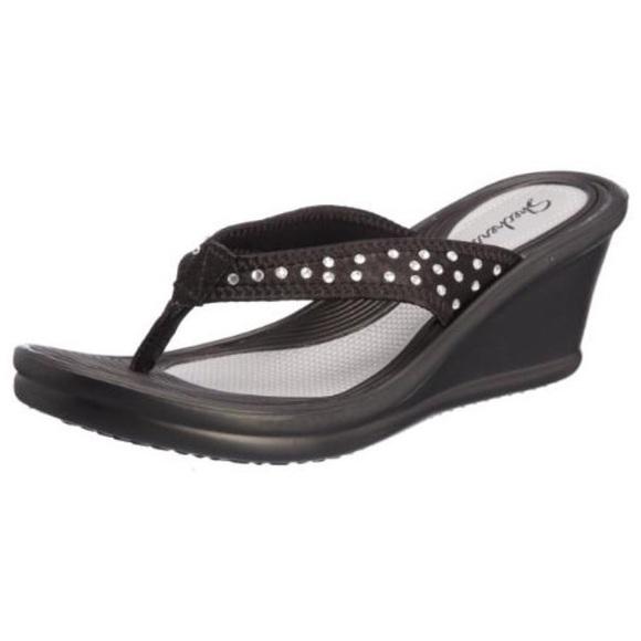 53 Off Skechers Shoes Skechers Wedge Flip Flops Nwob