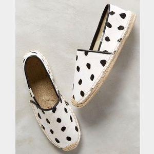 Soludos Shoes - NWOT Soludos polka dot pony hair