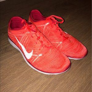 Nike Shoes - Nike free women's tr Flyknit trainer Sneakers 11.5