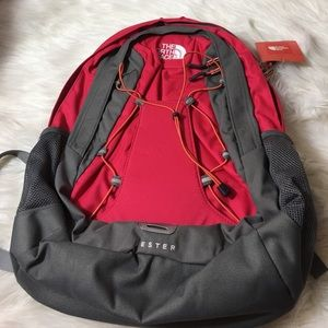 b1a380501783 The North Face Women's Jester Backpack Rose Red NWT