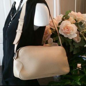 Ferragamo Handbags - Salvatore Ferragamo Pebble shoulder bag