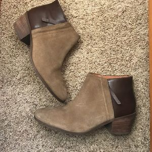 Madewell Shoes - Madewell The Cait Ankle Boot/Bootie
