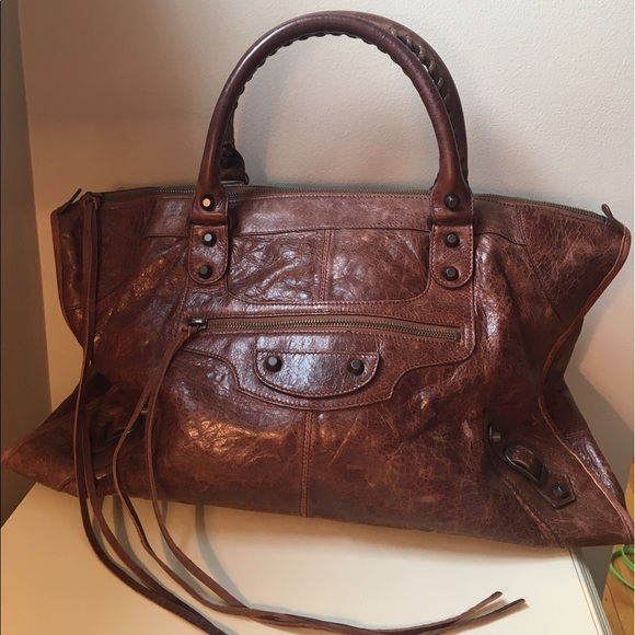 407e78e27097 Balenciaga Handbags - Balenciaga Brown City Bag