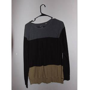 on the byas Other - PACSUN color block light weight crew neck