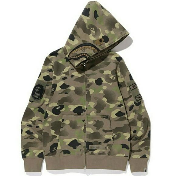 b584a66fd76c Bape x undefeated shark hoodie. NWT