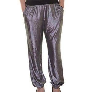 Macy's Pants - Metallic joggers with pockets NWT