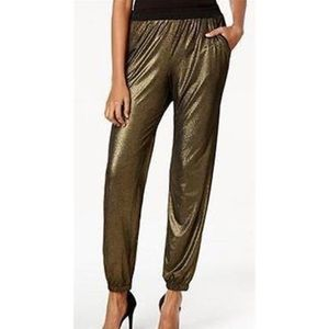 Macy's Pants - Gold metallic joggers with pockets