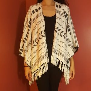 American Eagle Outfitters Tops - NWOT AEO Aztec Print Fringe Poncho