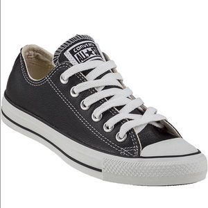 Converse Shoes - Converse leather Black shoes New! Size 10!