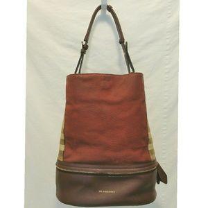 Burberry Handbags - EUC Authentic Burberry Shoulder Bag